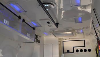 Sanitní vůz Ford Transit - LED majáky WAS