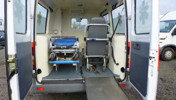 Mercedes-Benz Sprinter 212D převozní sanitka 2,9TDi