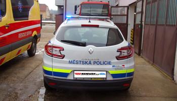 Městská policie Boskovice - montáž majákové rampy a polepy